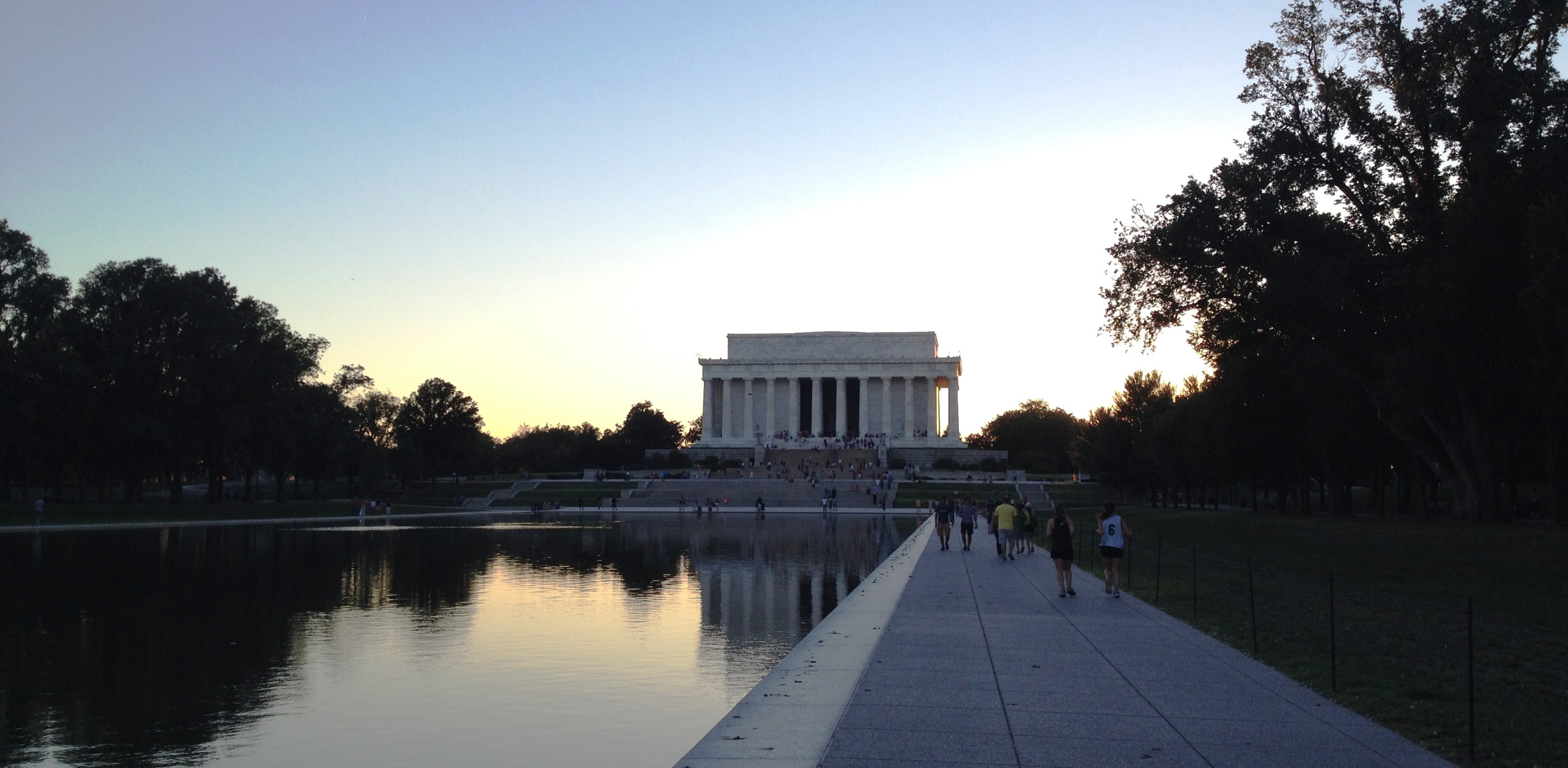 lincoln-monument-washington-dc-usa-travelgrip- (1)