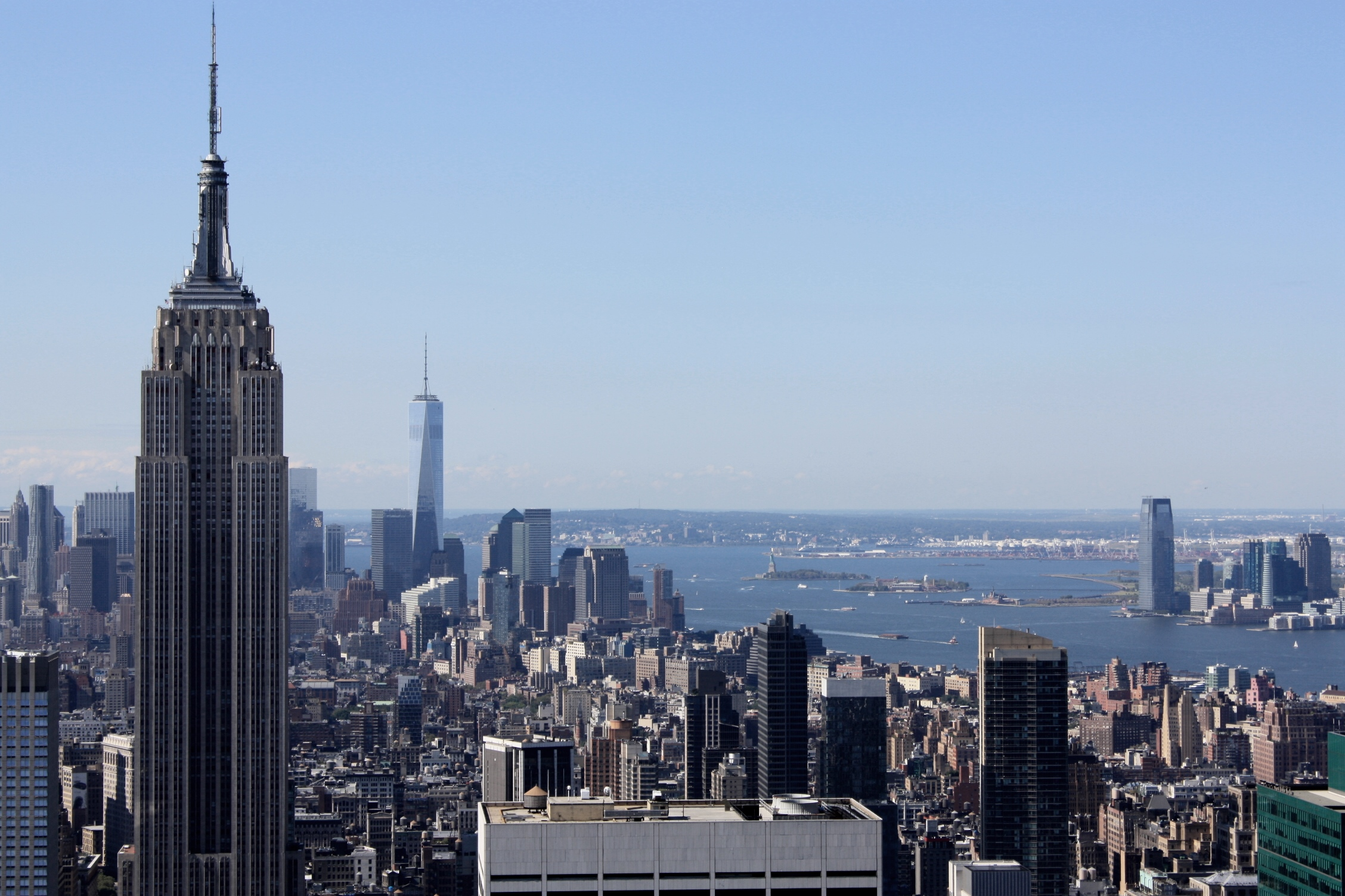 manhattan-new-york-empire-state-building-travelgrip