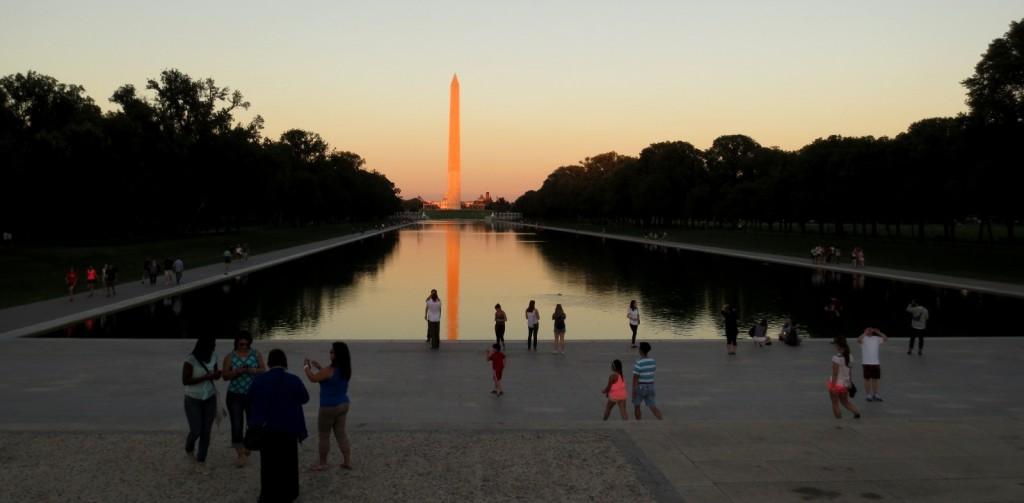 Washington-reflection-pool-travelgrip- (30)