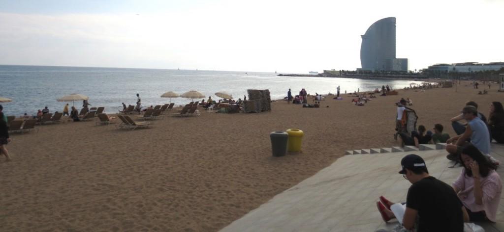 Barceloneta-strand-barcelona-travelgrip- (1)