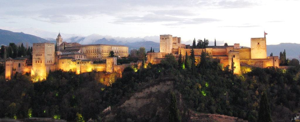 Alhambra-Granada-Spanein-TravelGrip
