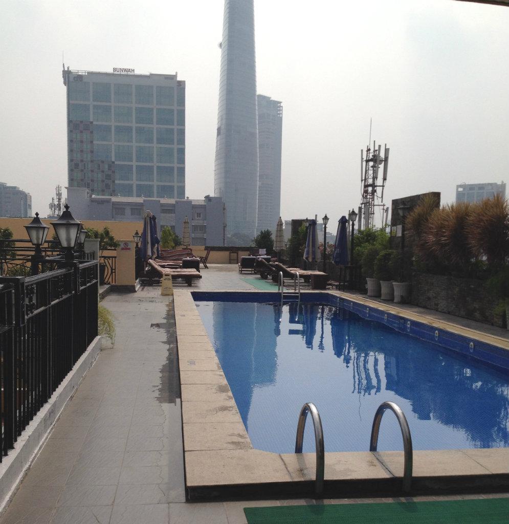 Rex-Hotel-Ho-chi-minh-Saigon-takterrass-travelgrip