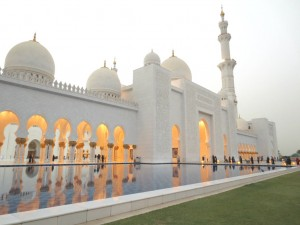 Abu-Dhabi-Grand-Mosque-TravelGrip-4