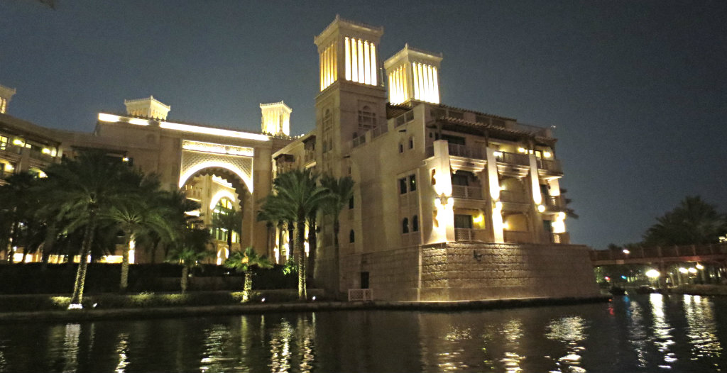 Madinat-Jumeirah-Dubai-TravelGrip-9