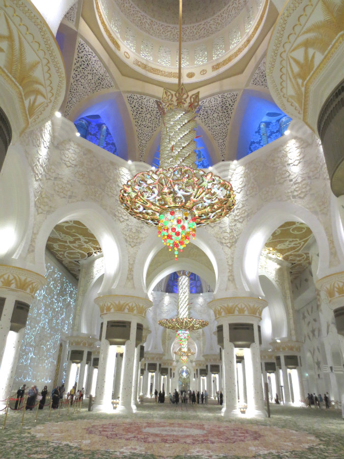 Abu-Dhabi-Grand-Mosque-TravelGrip-8