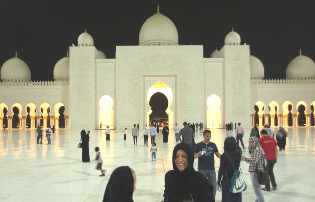 Abu-Dhabi-Grand-Mosque-TravelGrip-9