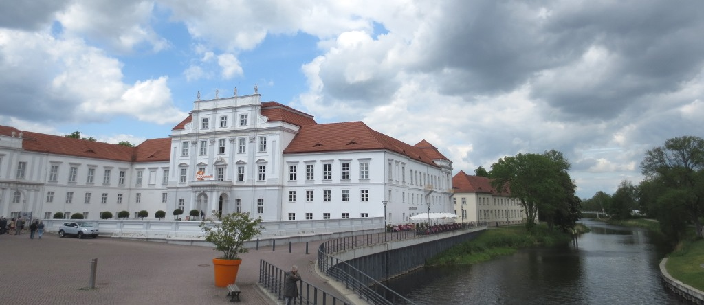 Oranienburg-slott-schloss-brlin-travelgrip