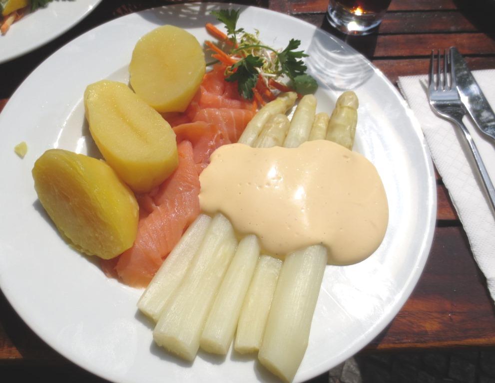 Sparris-middag-spargel-berlin-travelgrip