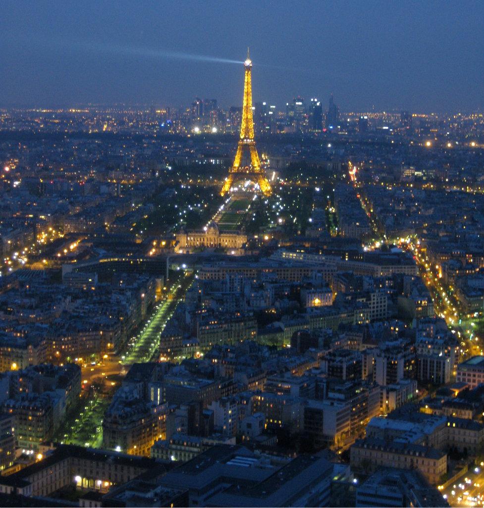 paris-eiffeltornet-frankrike-travelgrip-1