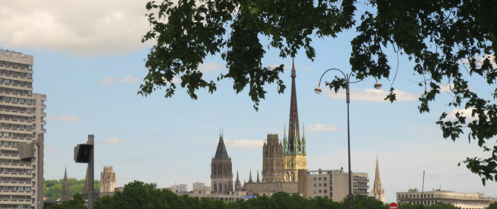 Rouen-stadssiluett-Normandie-France-TravelGrip