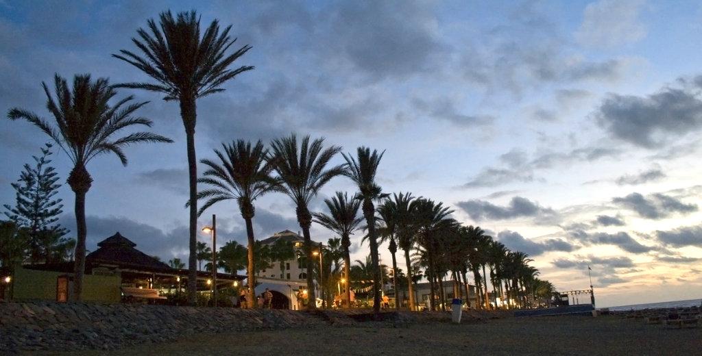 strandpromenad-teneriffa-travelgrip