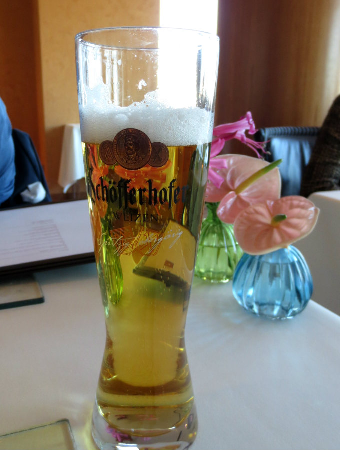 Hugo-Beer-Berlin-Intercontinental-TravelGrip