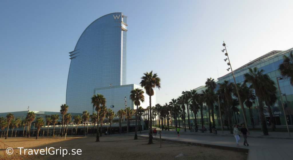 Barceloneta-strand-W-Hotel-Barcelona-TravelGrip