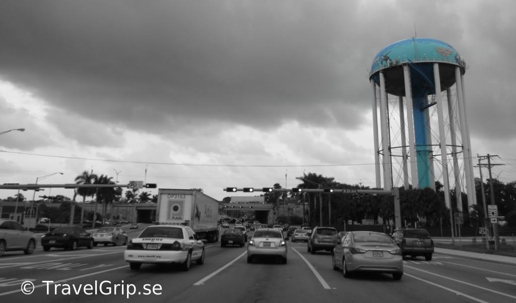 Fort-Lauderale-vägar-vattentorn-Florida-TravelGrip