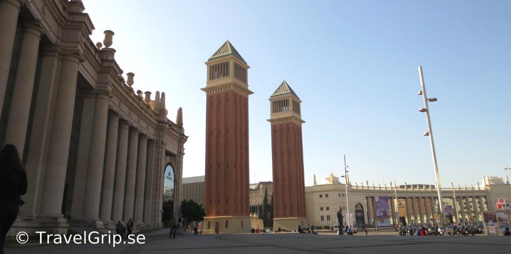 Plaza-Espanya-Barcelona-TravelGrip