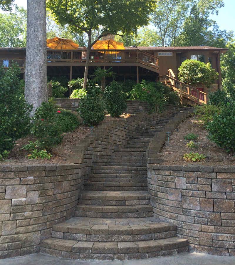 Wilson-Lake-villa-TravelGrip