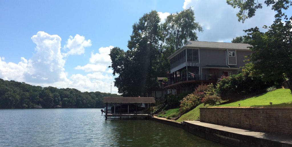 WilsonLake-villa-Florence-Alabama-Travelgrip