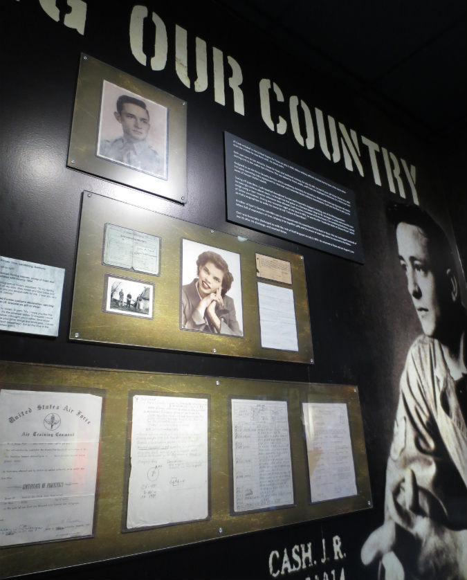 Johnny-Cash-Museum-TravelGrip