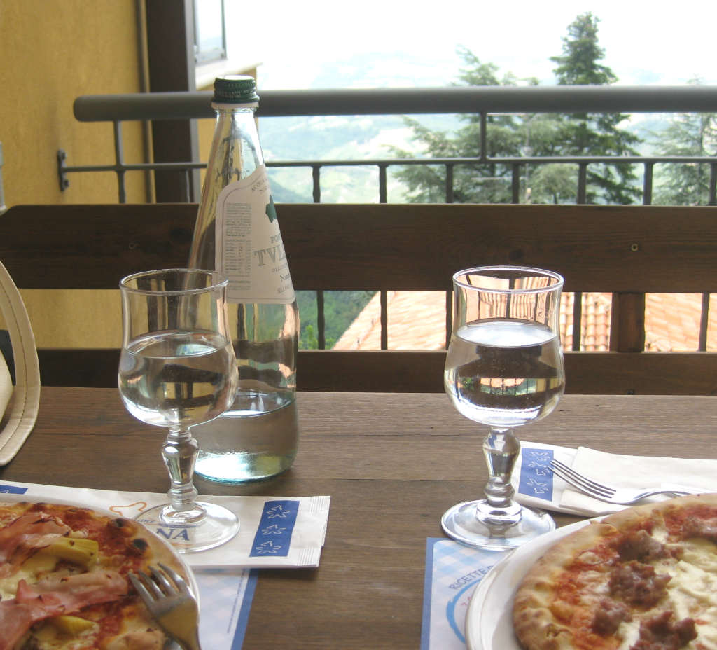 Pizza-i-San-Marino-TravelGrip