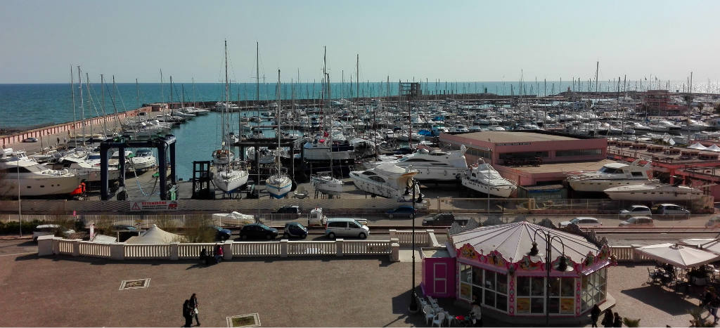 Nettuno-marina-TravelGrip