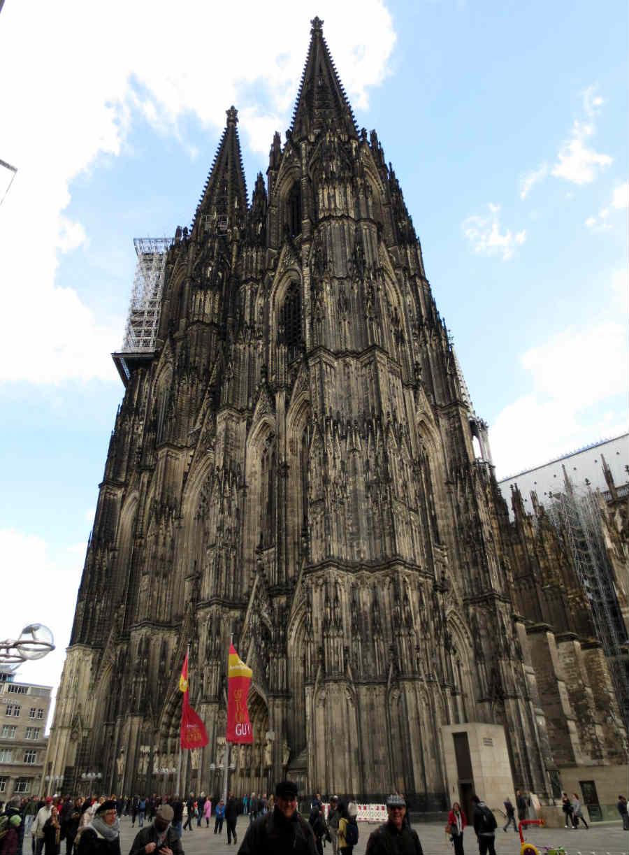 Domkyrkan-i-Köln-Tyskland-TravelGrip