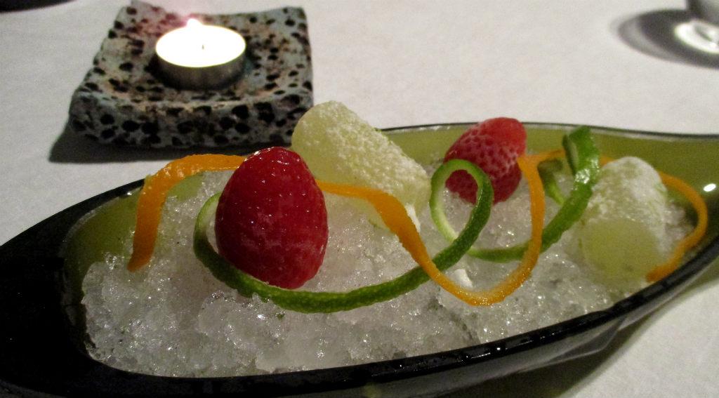 MB-Kanairiska-tomater-i-form-av-jordgubbar-TravelGrip
