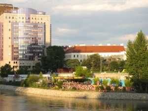 Strandbar-Herrmann-i-Wien-TravelGrip-6