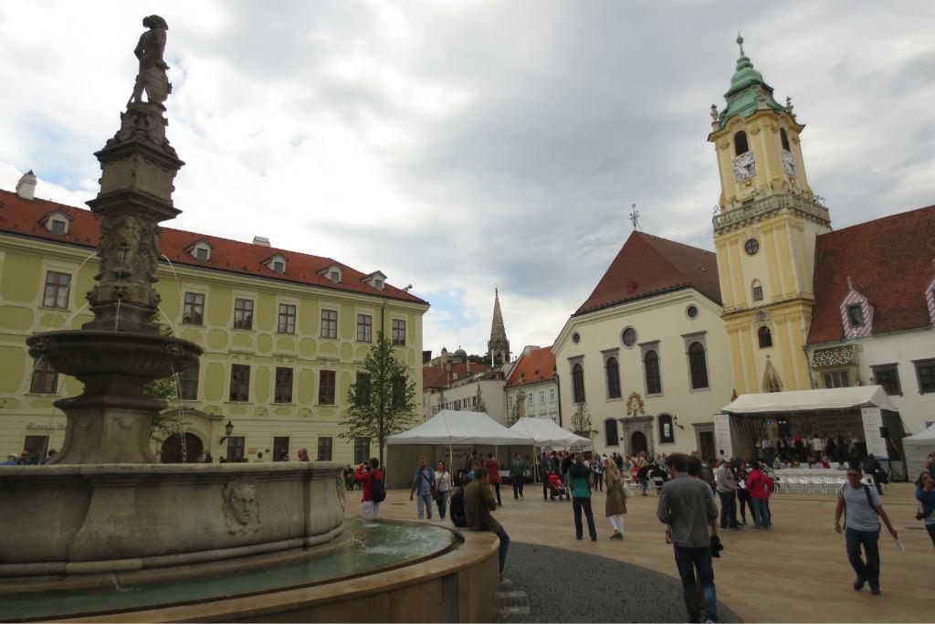 Bratislava-torg-TravelGrip