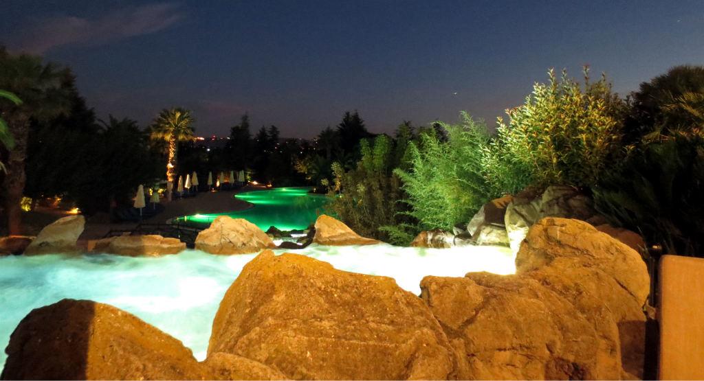 hyatt-regency-thessaloniki-hotel-terrassutsikt-travelgrip