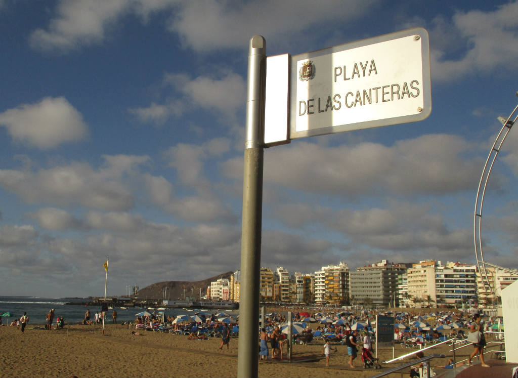playa-canteras-i-las-palmas-gran-canaria-travelgrip-2