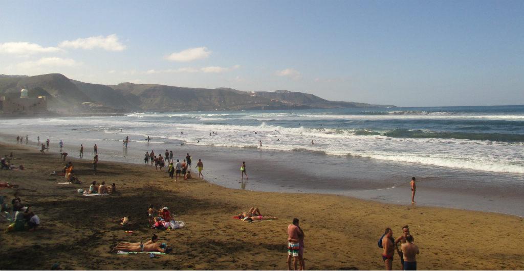 playa-canteras-i-las-palmas-gran-canaria-travelgrip