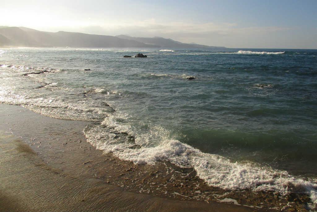 playa-canteras-i-las-palmas-kanarieoarna-travelgrip