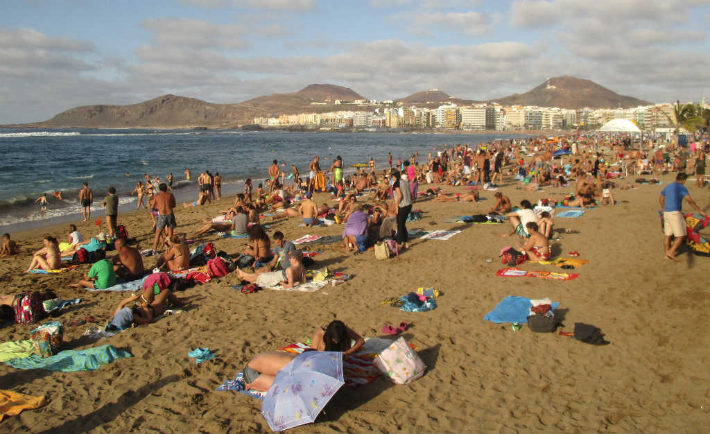 playa-canteras-i-las-palmas-travelgrip