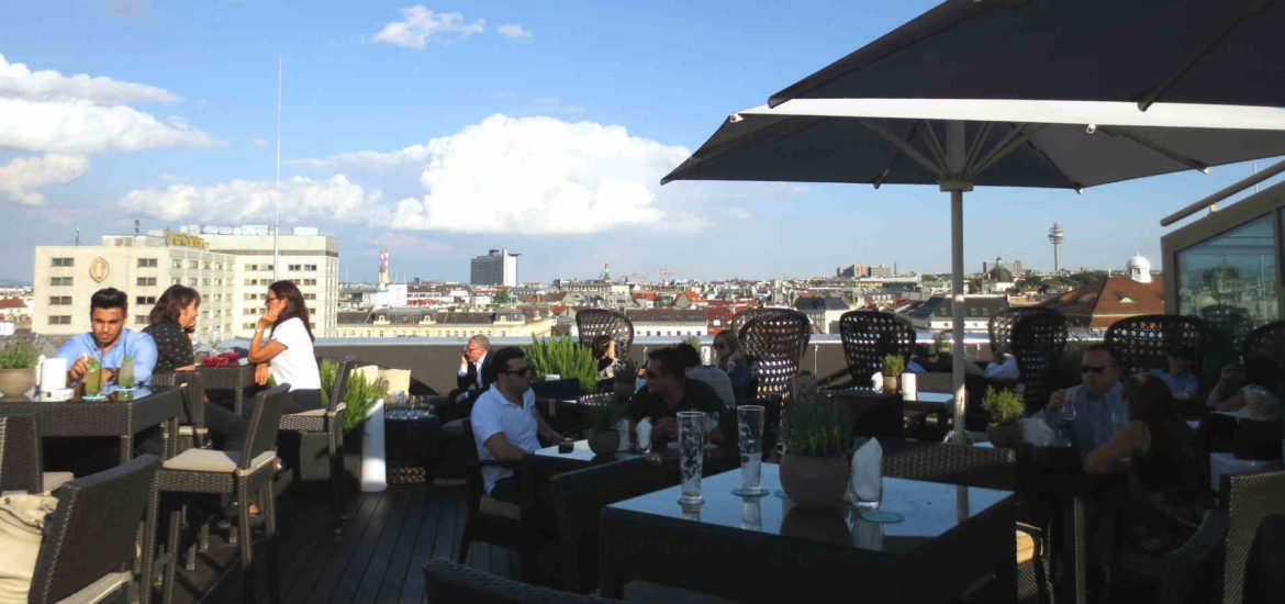 ritz-rooftop-bar-wien-travelgrip