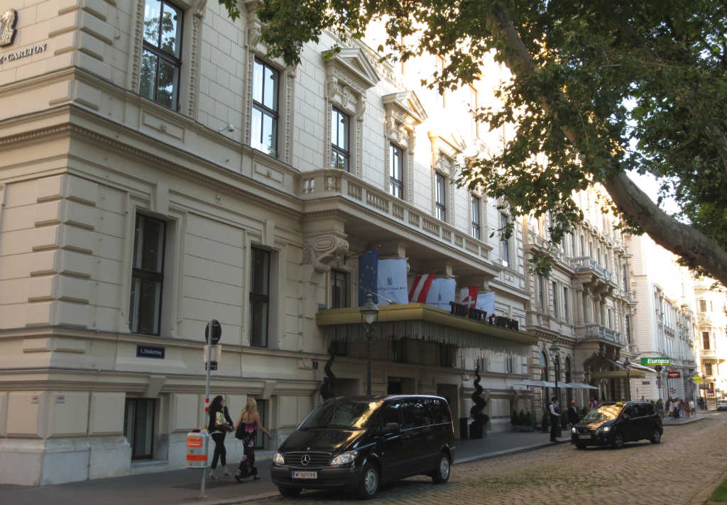 Ritz-Carlton-Vienna-LadyTravelGuide