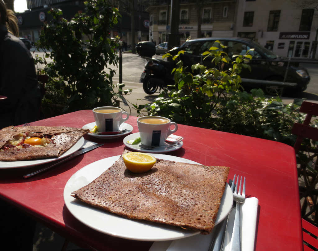 Galette-i-Montparnasse-Paris-TravelGrip