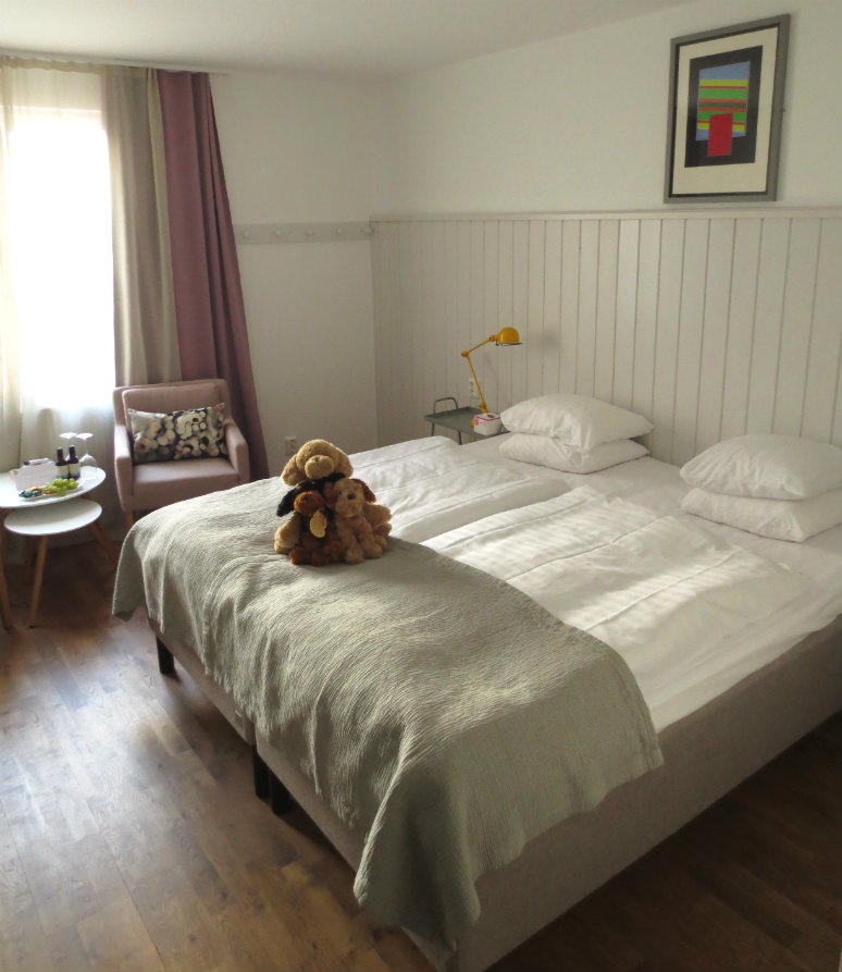 Hotellrecension-Hotel-Noble House-sang-Malmo-TravelGrip