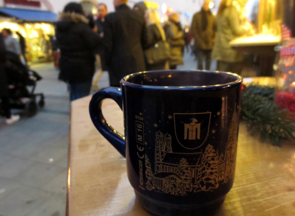 Julmarknad-i-Munchen-Tyskland-TravelGrip-1