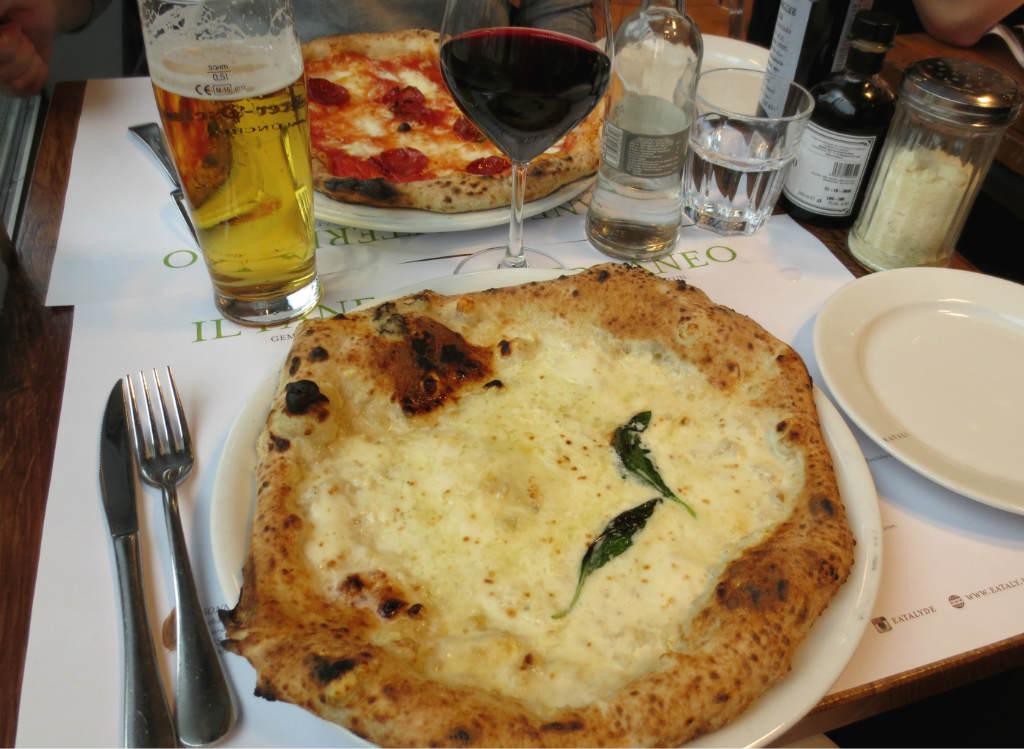 eataly-italiensk-matfest-runtom-varlden-munchen-2