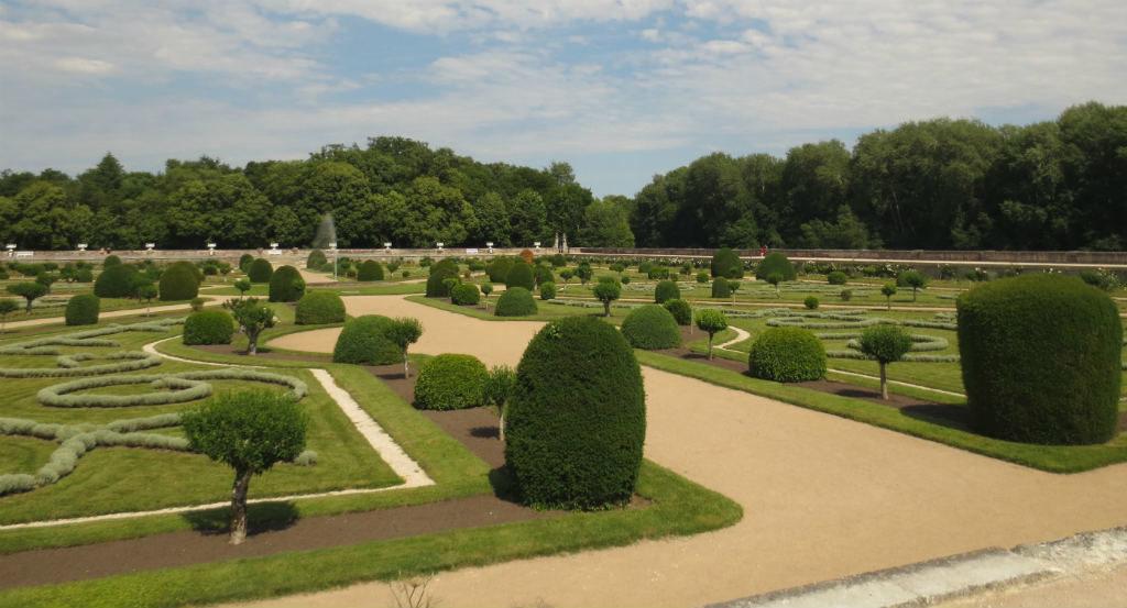 Rundresa-bland-slotten-i-Loire-TravelGrip-2