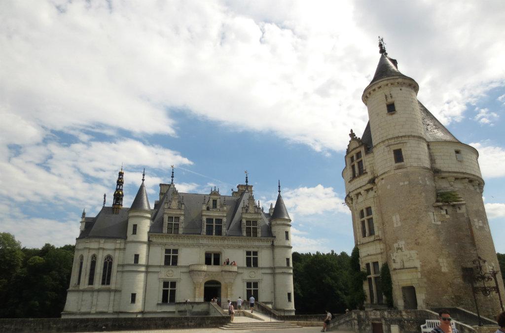 Rundresa-bland-slotten-i-Loire-TravelGrip-8