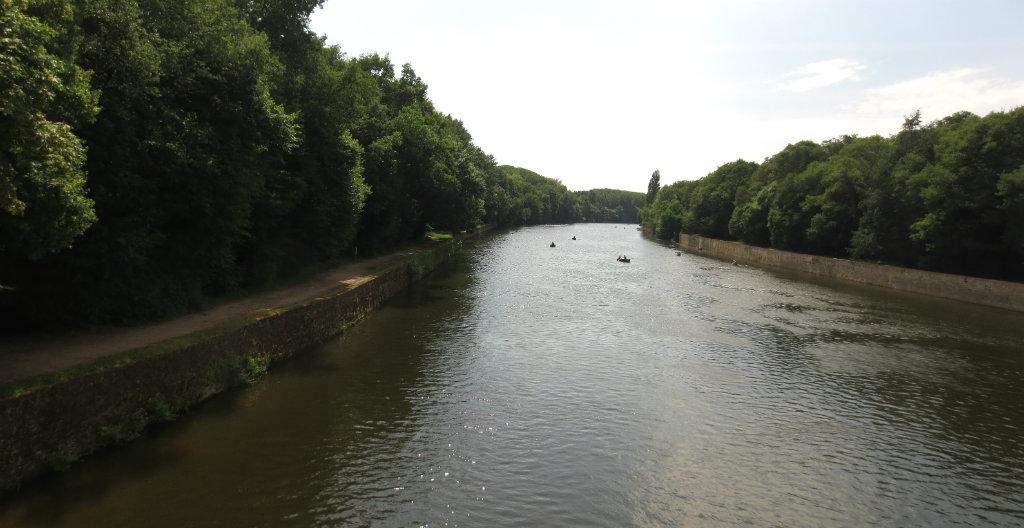 Rundresa-bland-slotten-i-Loire-TravelGrip-9