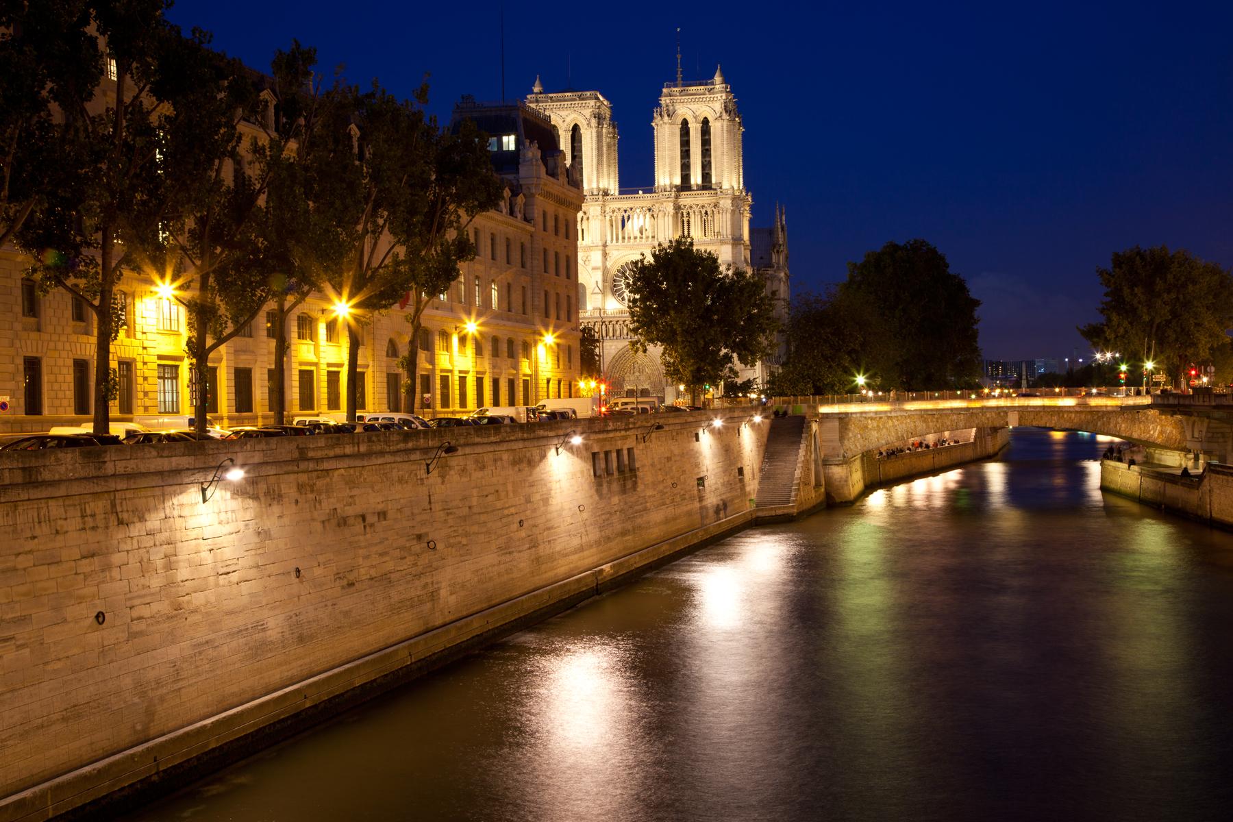 Ett upplyst Paris