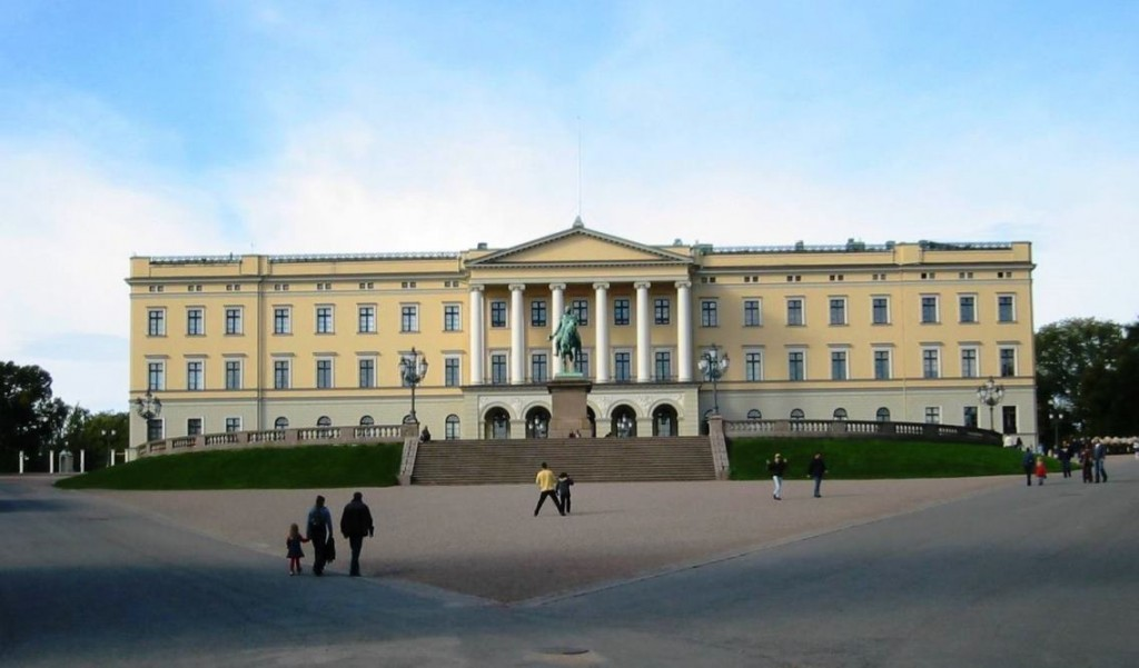oslo-royal-palace-travelgrip