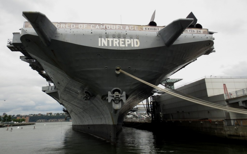 intrepid-ship-museum-new-york-travelgrip-