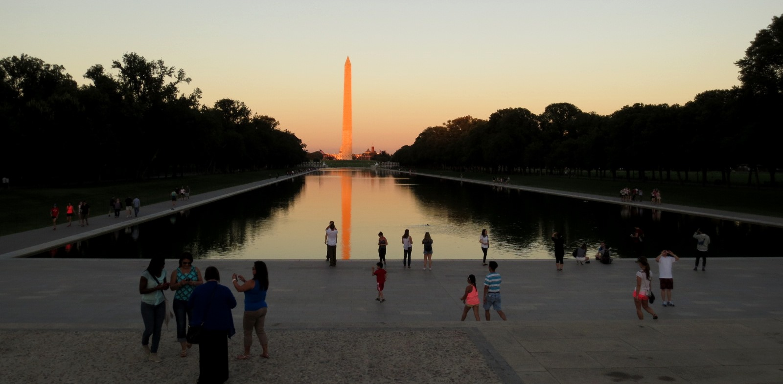 Washington-reflection-pool-travelgrip- (30)