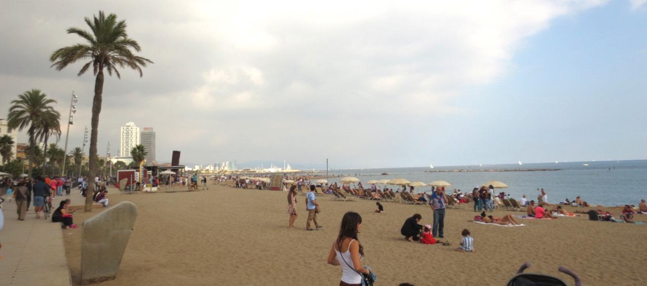 Barceloneta-strand-barcelona-travelgrip- (2)