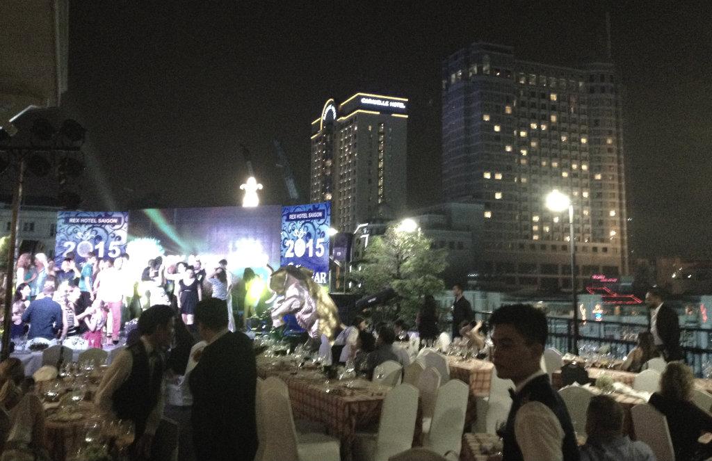 Rex-Hotel-Ho-chi-minh-Saigon-takterrass-nyar-travelgrip