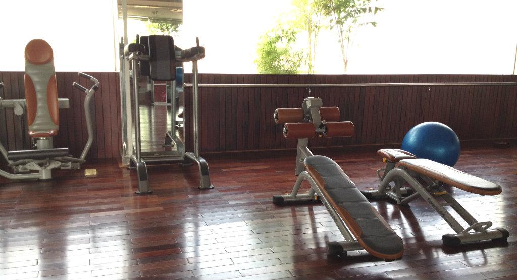 Rex-Hotel-Ho-chi-minh-Saigon-fitness-travelgrip