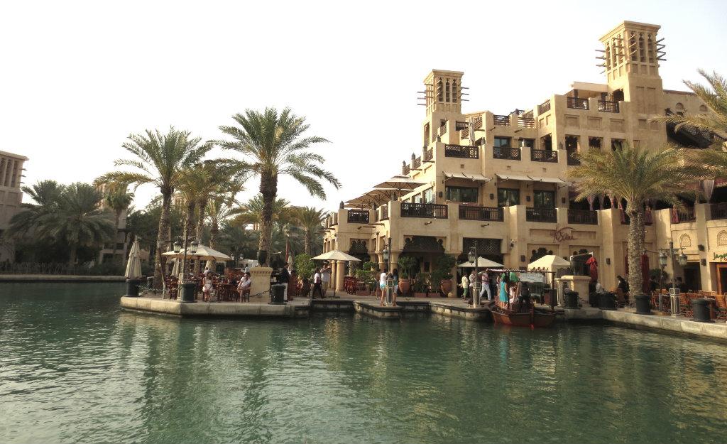 En helkväll i Madinat Jumeirah i Dubai